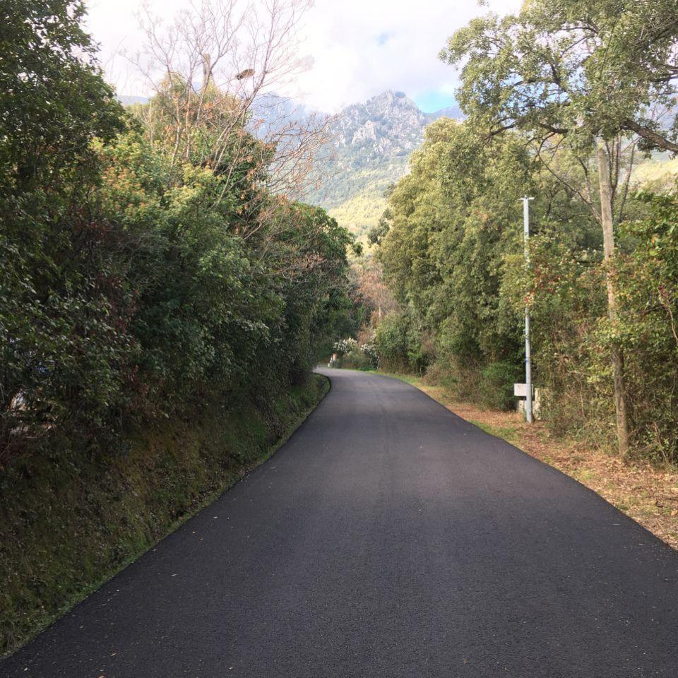 Route de Mortete 3.JPG